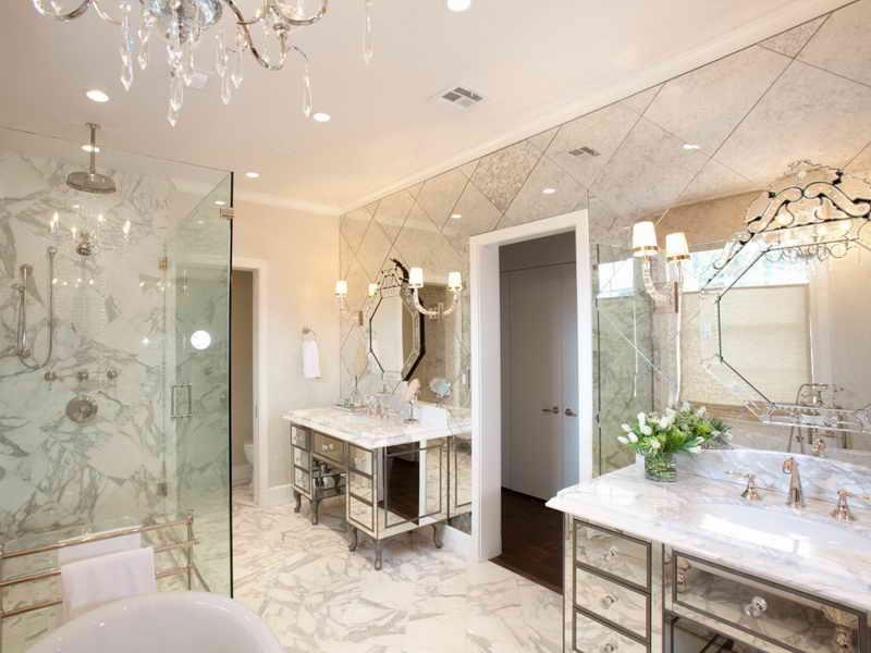 высота зеркала над раковиной в ванной варианты идеи