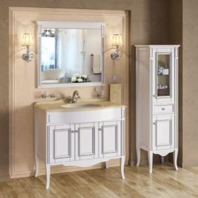 высота зеркала над раковиной в ванной дизайн фото