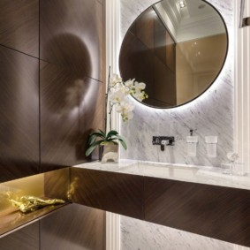 высота зеркала над раковиной в ванной фото интерьер