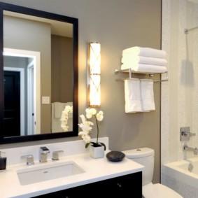 высота зеркала над раковиной в ванной фото оформление