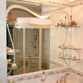 высота зеркала над раковиной в ванной фото варианты