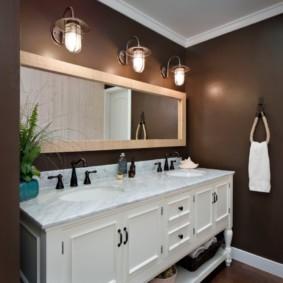 высота зеркала над раковиной в ванной интерьер фото