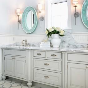 высота зеркала над раковиной в ванной оформление