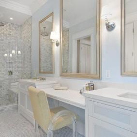 зеркала в ванной