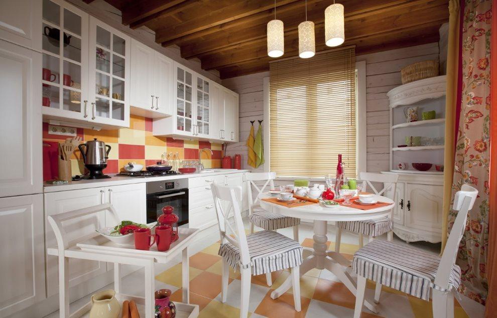 Интерьер кухни в стиле прованс с пластиковыми жалюзи