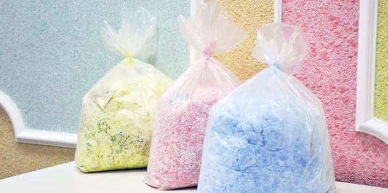 Цветные жидкие обои в полиэтиленовых пакетах