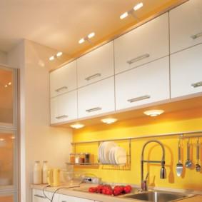 кухня в панельном доме фото варианты