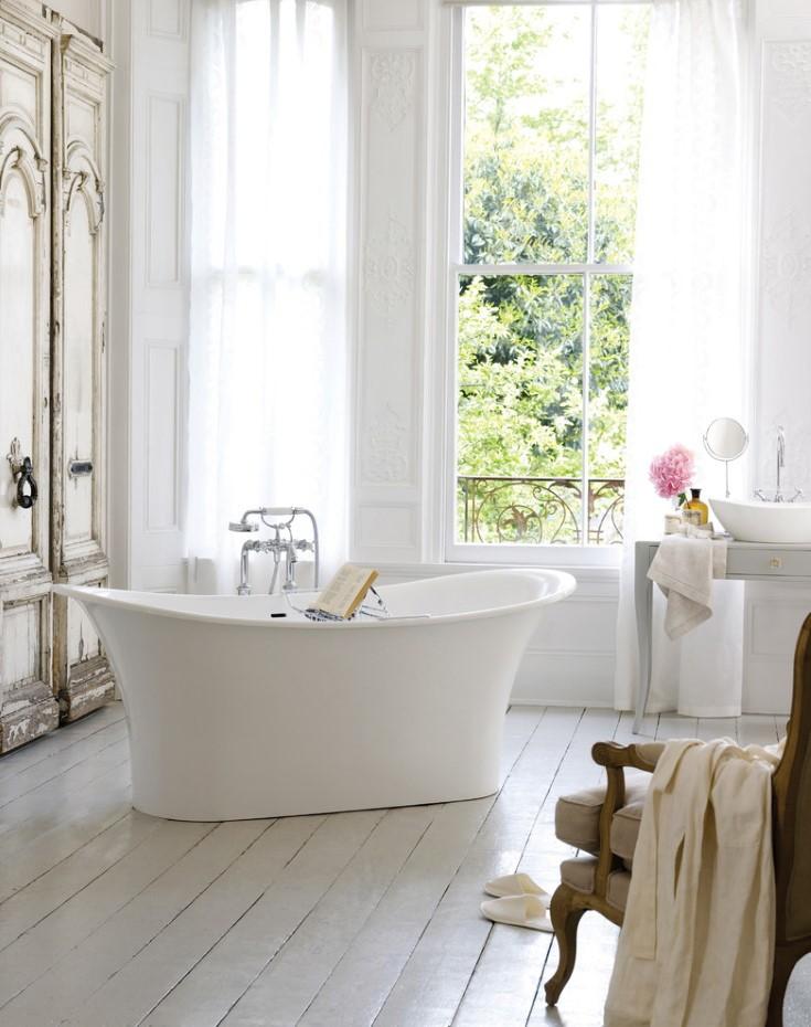 Акриловая ванна в стиле прованса