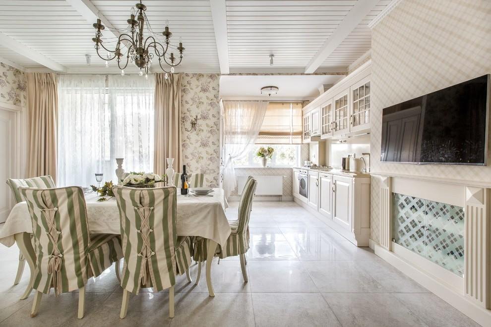 бежевые шторы для кухни в стиле прованс
