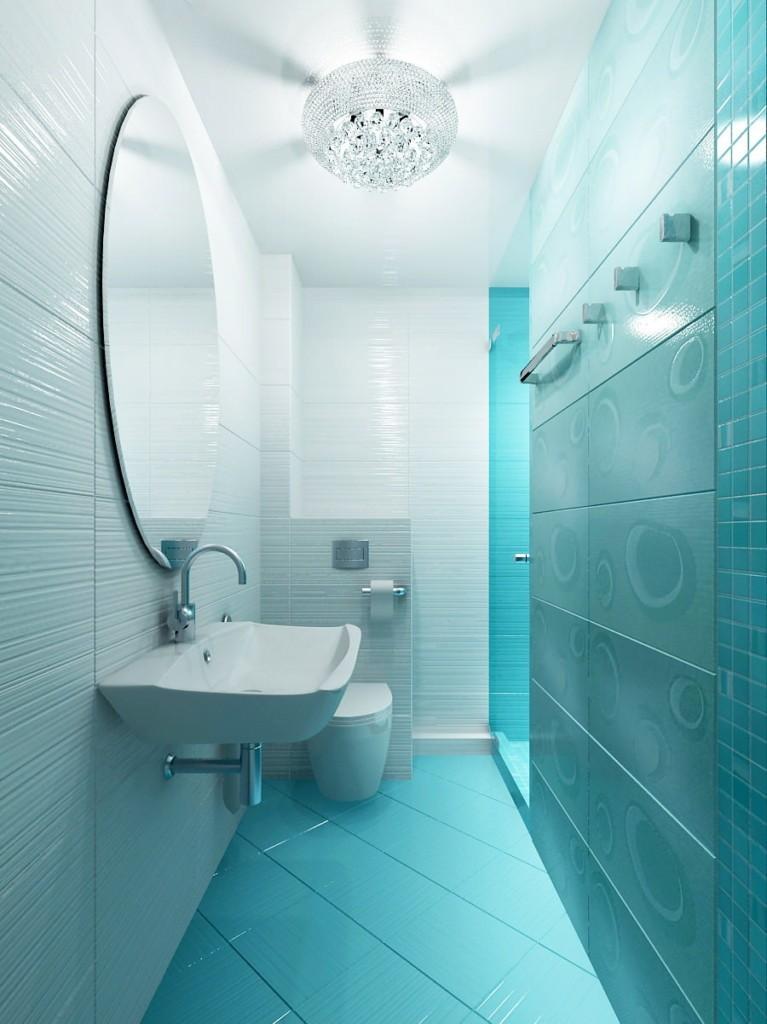 Узкая ванная с керамической плиткой бирюзового оттенка