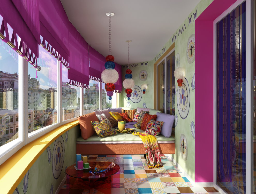 Комната для игр на просторной лоджии