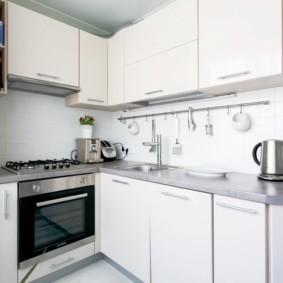 кухня в панельном доме фото