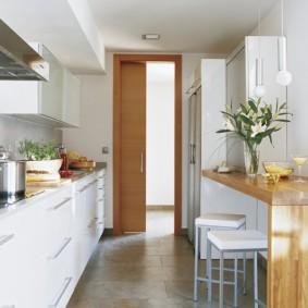 кухня в панельном доме фото дизайна