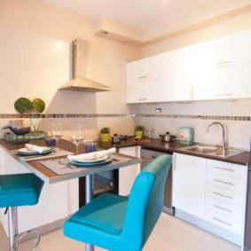 кухня в панельном доме декор