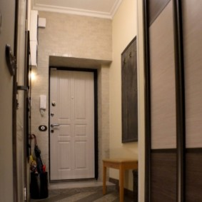 дизайн обоев для узкого коридора виды