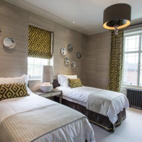 спальня 16 кв метров шторы