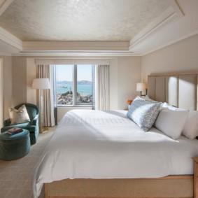 современная спальня в светлых тонах фото вариантов