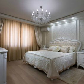 современная спальня в светлых тонах оформление идеи