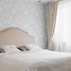 современная спальня в светлых тонах интерьер идеи