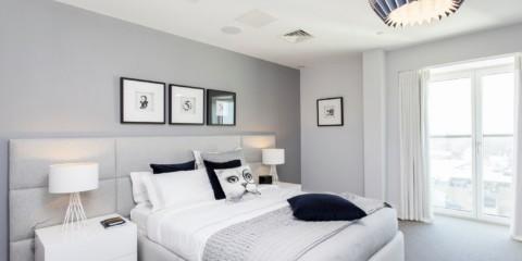 современная спальня в светлых тонах виды фото