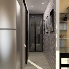 длинный узкий коридор в квартире
