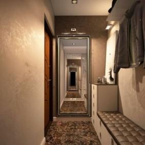 длинный узкий коридор в квартире декор фото