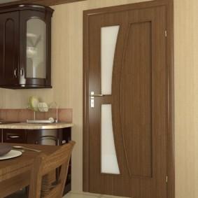 Деревянная спинка кухонного стула