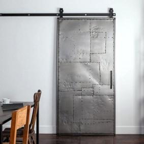 Стальная дверь сдвижного типа