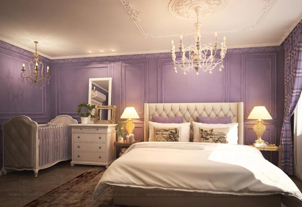 Фиолетовые стены спальни в стиле классика