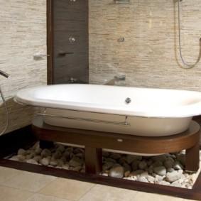 Деревянное основание под акриловой ванной
