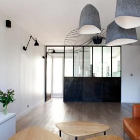 Серые плафоны потолочных светильников