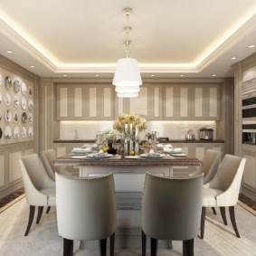 Декор тарелками кухонной стены