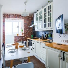 Деревянная столешница кухонного гарнитура