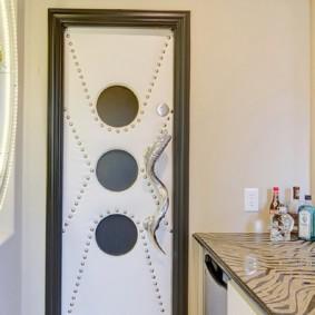 Плпстиковая дверь в совмещенной ванной