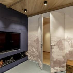 Межкомнатная дверь в стене с фотообоями