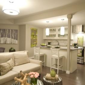 Барная стойка в кухне-гостиной стиля прованс