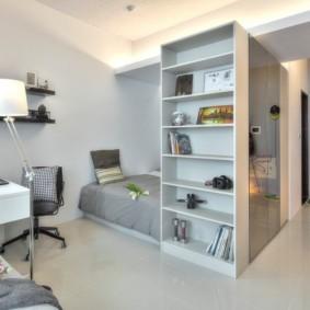 Рабочее место в однокомнатной квартире