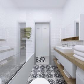 Шкафчик с зеркальной дверкой над умывальником в ванной