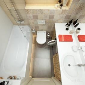Квадратная ванная небольшой площади