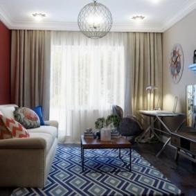 Жилая комната с выходом на балкон