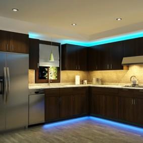 Неоновая подсветка в низу кухонных тумб