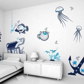 Рисунке на стене вместо обоев