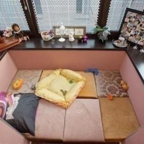 Спальное место на маленьком балконе