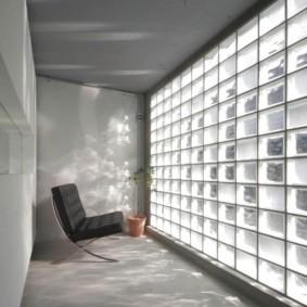 Небольшая комната в стиле минимализма