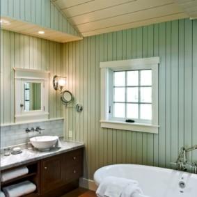 Крашенная вагонка в интерьере ванной