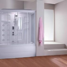 Душевая кабина в нише ванной