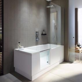 Прямоугольная ванна с душем в комплекте