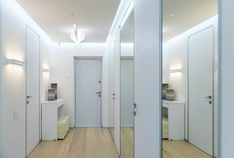 Белый коридор в духе минимализма