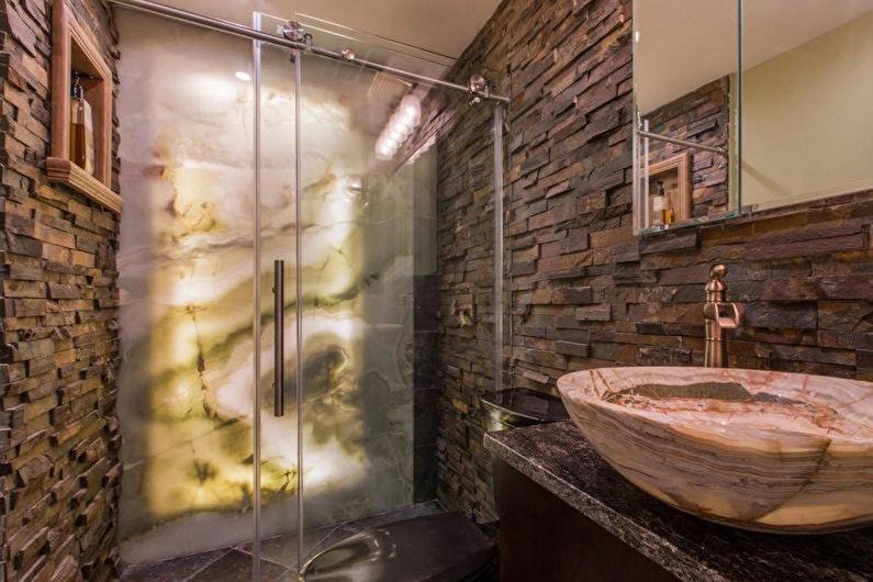 Облицовка натуральным камнем стен в ванной комнате