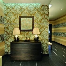 комбинированные обои в коридоре квартиры идеи декора